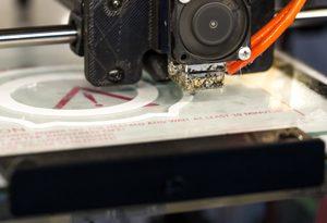 stampa-3d-facile-modelli-estrusore-filamento-design-problemi-guida-otturazione-plastica-stampante-simplify3d-raffreddamento-temperatura-ugello-square