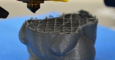 stampa-3d-facile-problemi-guida-plastica-stampante-simplify3d-interruzione-estrusore-ugello-temperatura-filamento-1