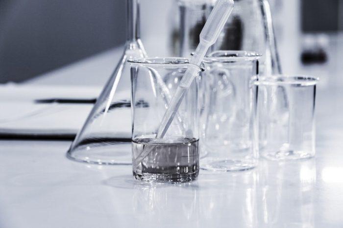 Filamento trasparente e imperfezioni: problemi di stampa-3D, oggetti trasparenti senza imperfezioni