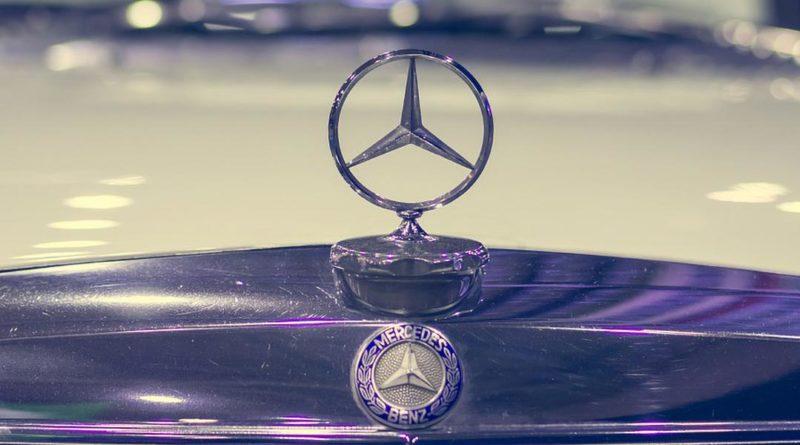 Logo-Mercedes-stampa-3d-ricambi-auto-epoca